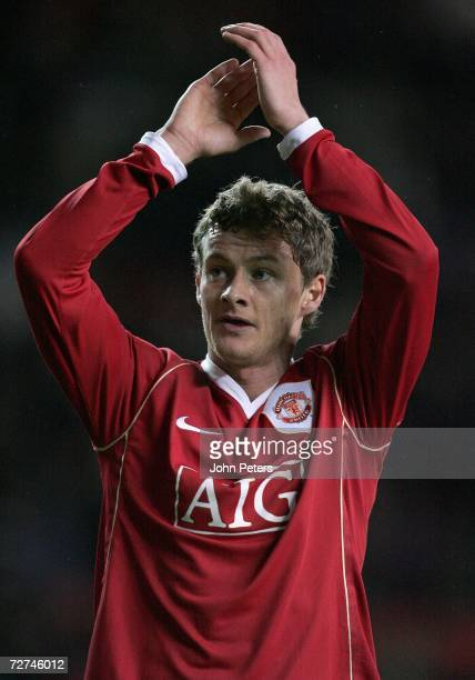 Ole Gunnar Solskjaer of Manchester United applauds the fans after the UEFA Champions League match between Manchester United and Benfica at Old...