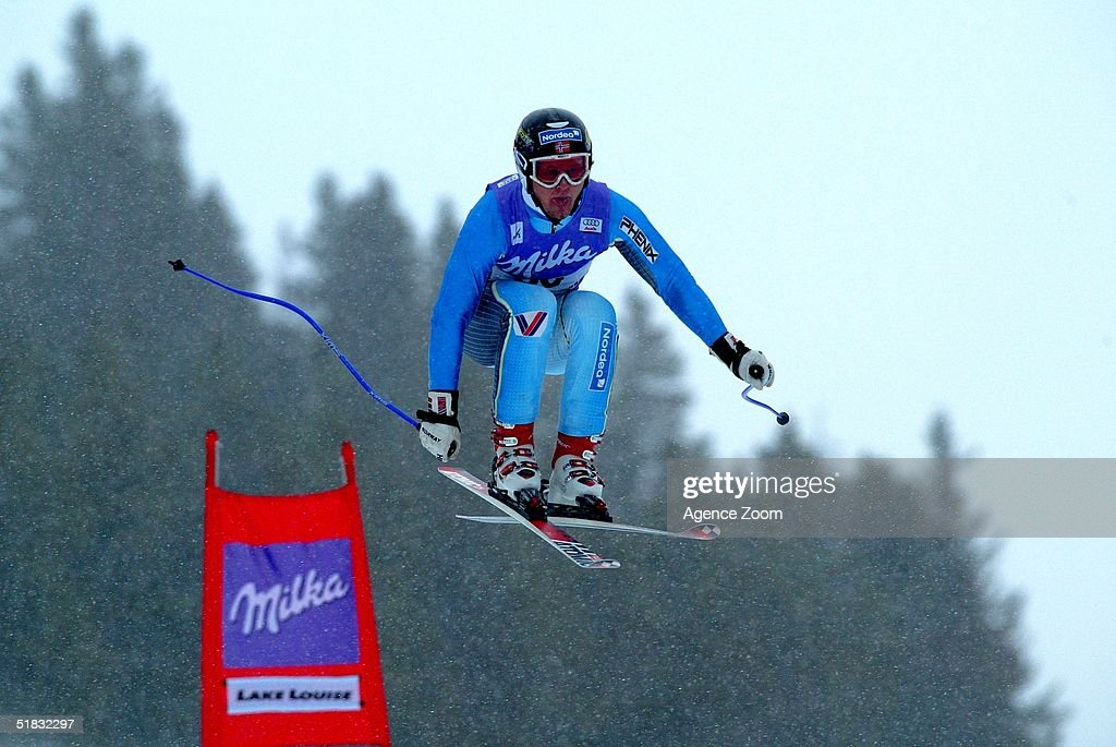 Ole Magnus Kulbeck in action during Day Two of the FIS Ski World Cup Mens Super Giant Slalom competition on November 28, 2004 in Lake Louise, Canada.