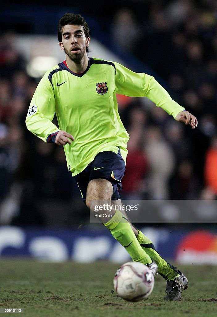 Oleguer of Barcelona in action during the UEFA Champions League Round of 16, First Leg match between Chelsea and Barcelona at Stamford Bridge on February 22, 2006 in London, England.