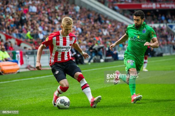 Oleksandr Zinchenko of PSV Youness Mokhtar of PEC Zwolleduring the Dutch Eredivisie match between PSV Eindhoven and PEC Zwolle at the Phillips...