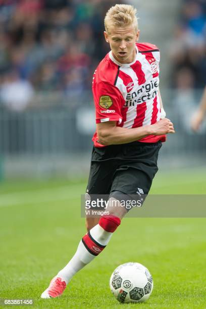 Oleksandr Zinchenko of PSVduring the Dutch Eredivisie match between PSV Eindhoven and PEC Zwolle at the Phillips stadium on May 14 2017 in Eindhoven...