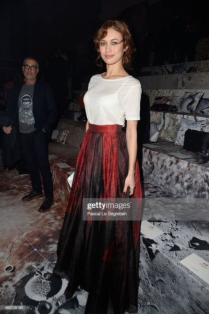 <a gi-track='captionPersonalityLinkClicked' href=/galleries/search?phrase=Olga+Kurylenko&family=editorial&specificpeople=630281 ng-click='$event.stopPropagation()'>Olga Kurylenko</a> attends the H&M show as part of the Paris Fashion Week Womenswear Fall/Winter 2015/2016 on March 4, 2015 in Paris, France.