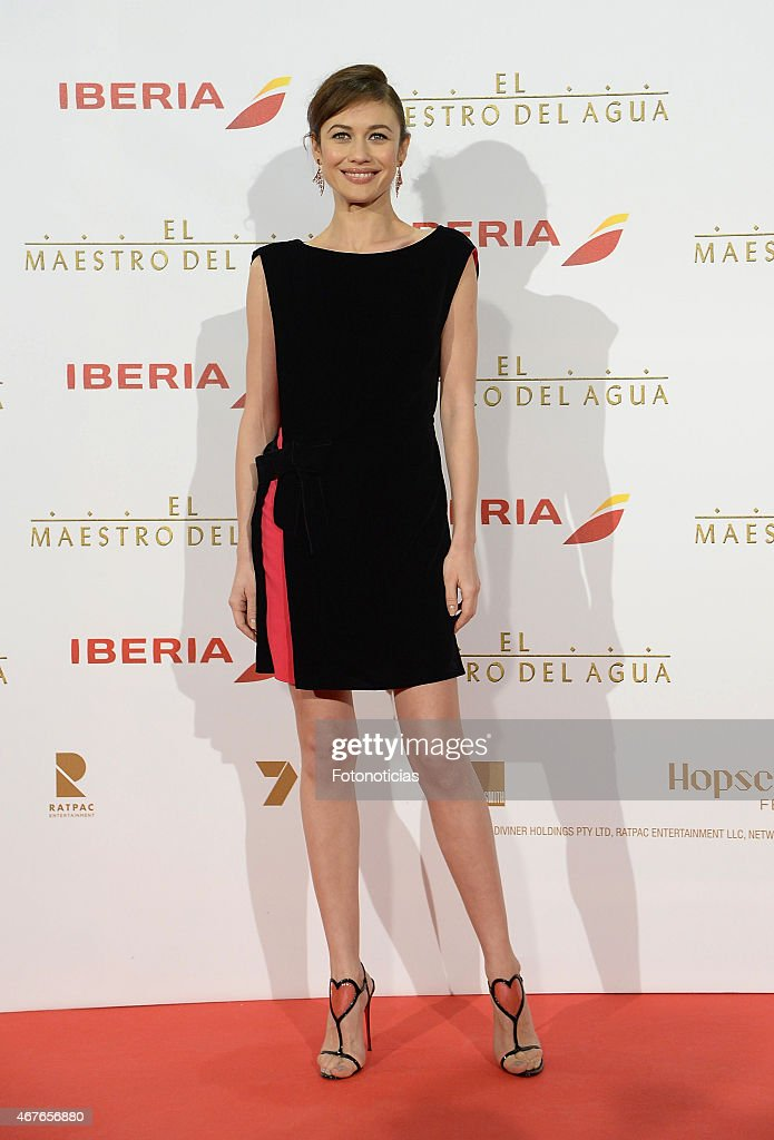 <a gi-track='captionPersonalityLinkClicked' href=/galleries/search?phrase=Olga+Kurylenko&family=editorial&specificpeople=630281 ng-click='$event.stopPropagation()'>Olga Kurylenko</a> attends the premiere of 'The Water Diviner' (El Maestro del Agua) at Callao Cinema on March 26, 2015 in Madrid, Spain.