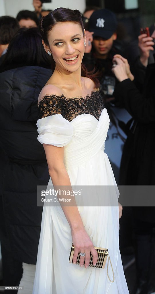 <a gi-track='captionPersonalityLinkClicked' href=/galleries/search?phrase=Olga+Kurylenko&family=editorial&specificpeople=630281 ng-click='$event.stopPropagation()'>Olga Kurylenko</a> attends the UK Premiere of 'Oblivion' at BFI IMAX on April 4, 2013 in London, England.