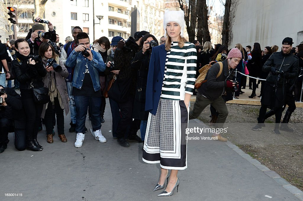 <a gi-track='captionPersonalityLinkClicked' href=/galleries/search?phrase=Olga+Sorokina&family=editorial&specificpeople=8201470 ng-click='$event.stopPropagation()'>Olga Sorokina</a> arrives to attend the Celine Fall/Winter 2013 Ready-to-Wear show as part of Paris Fashion Week on March 3, 2013 in Paris, France.