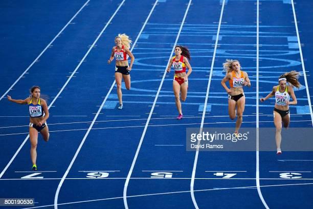 Olha Zemlyak of Ukraine Marcela Pirkova of Czech Republic Laura Bueno of Spain Lisanne de Witte of Netherlands and Laura Muller of Germany compete in...