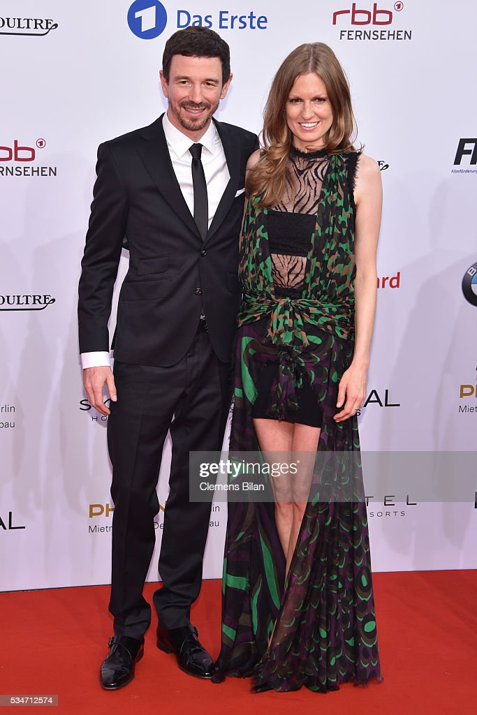 <a gi-track='captionPersonalityLinkClicked' href=/galleries/search?phrase=Oliver+Berben&family=editorial&specificpeople=233766 ng-click='$event.stopPropagation()'>Oliver Berben</a> and his wife Katrin Berben attend the Lola - German Film Award (Deutscher Filmpreis) on May 27, 2016 in Berlin, Germany.