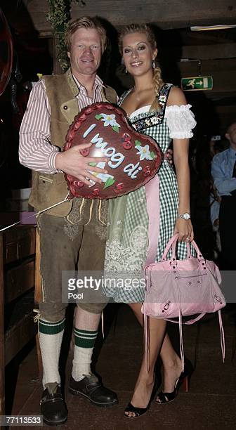 Oliver Kahn of Bayern Munich and his girlfriend Verena Kehrt celebrate at the Kaefers party tent for a day at the Oktoberfest on September 30 2007 in...