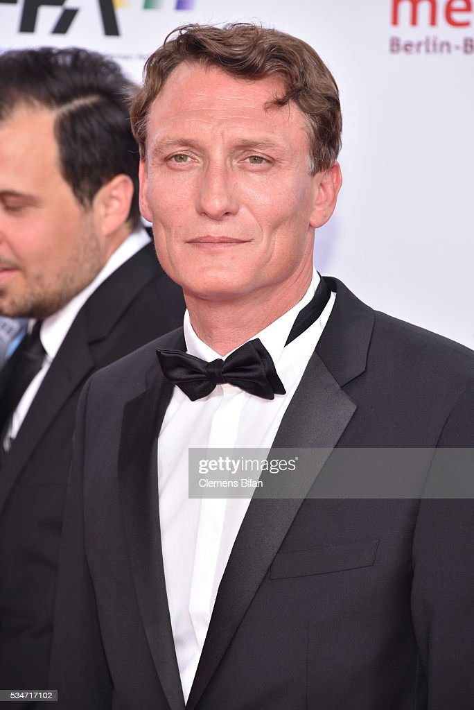 <a gi-track='captionPersonalityLinkClicked' href=/galleries/search?phrase=Oliver+Masucci&family=editorial&specificpeople=13855536 ng-click='$event.stopPropagation()'>Oliver Masucci</a> attends the Lola - German Film Award (Deutscher Filmpreis) on May 27, 2016 in Berlin, Germany.