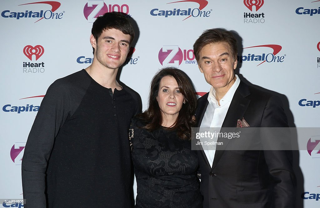 Oliver Oz, Lisa Lemole, and Dr. Mehmet Oz attends Z100's Jingle Ball 2016 at Madison Square Garden on December 9, 2016 in New York City.