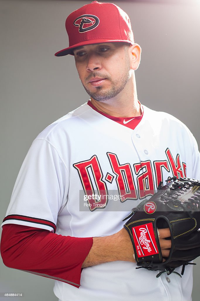 Oliver Perez #59 of the Arizona Diamondbacks poses during photo day at Salt River Fields at Talking Stick on March 1, 2015 in Scottsdale, Arizona.