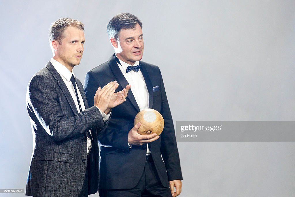<a gi-track='captionPersonalityLinkClicked' href=/galleries/search?phrase=Oliver+Pocher&family=editorial&specificpeople=242759 ng-click='$event.stopPropagation()'>Oliver Pocher</a> and Markus Beukenberg live on stage during the Green Tec Award at ICM Munich on May 29, 2016 in Munich, Germany.