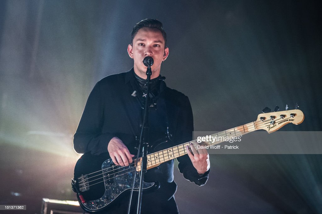 <a gi-track='captionPersonalityLinkClicked' href=/galleries/search?phrase=Oliver+Sim&family=editorial&specificpeople=6078321 ng-click='$event.stopPropagation()'>Oliver Sim</a> from The XX Performs at Le Cirque d'Hiver on September 6, 2012 in Paris, France.