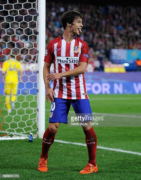 Oliver Torres of Club Atletico de Madrid reacts after failing to score during the UEFA Champions League Group C match between Club Atletico de Madrid...
