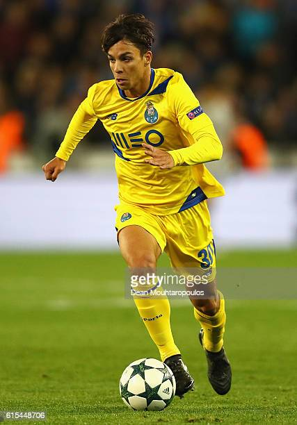 Oliver Torres of FC Porto in action during the UEFA Champions League Group G match between Club Brugge KV and FC Porto at Jan Breydel Stadium on...