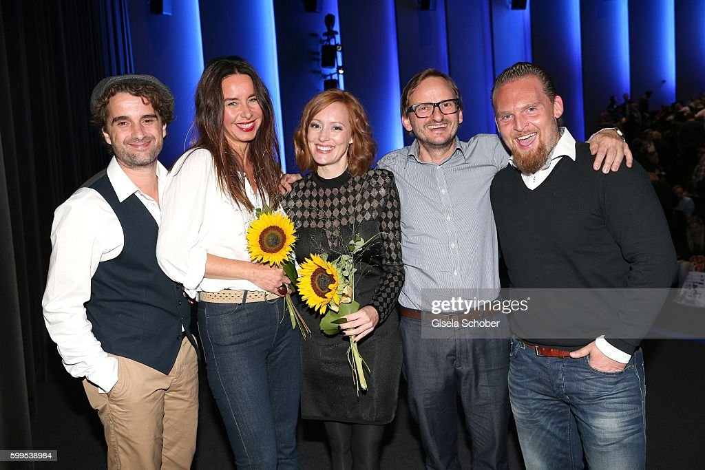 Oliver Wnuk, Katharina Mueller-Elmau, Lavinia Wilson, Milan Peschel and Axel Stein during the premiere for the film 'Maennertag' at Mathaeser Filmpalast on September 5, 2016 in Munich, Germany.