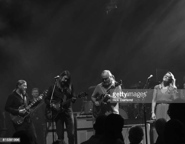 Oliver Wood Wood Brothers and Tinsley Ellis join Derek Trucks and Susan Tedeschi on stage during Wheels Of Soul 2017 Tour Featuring Tedeschi Trucks...