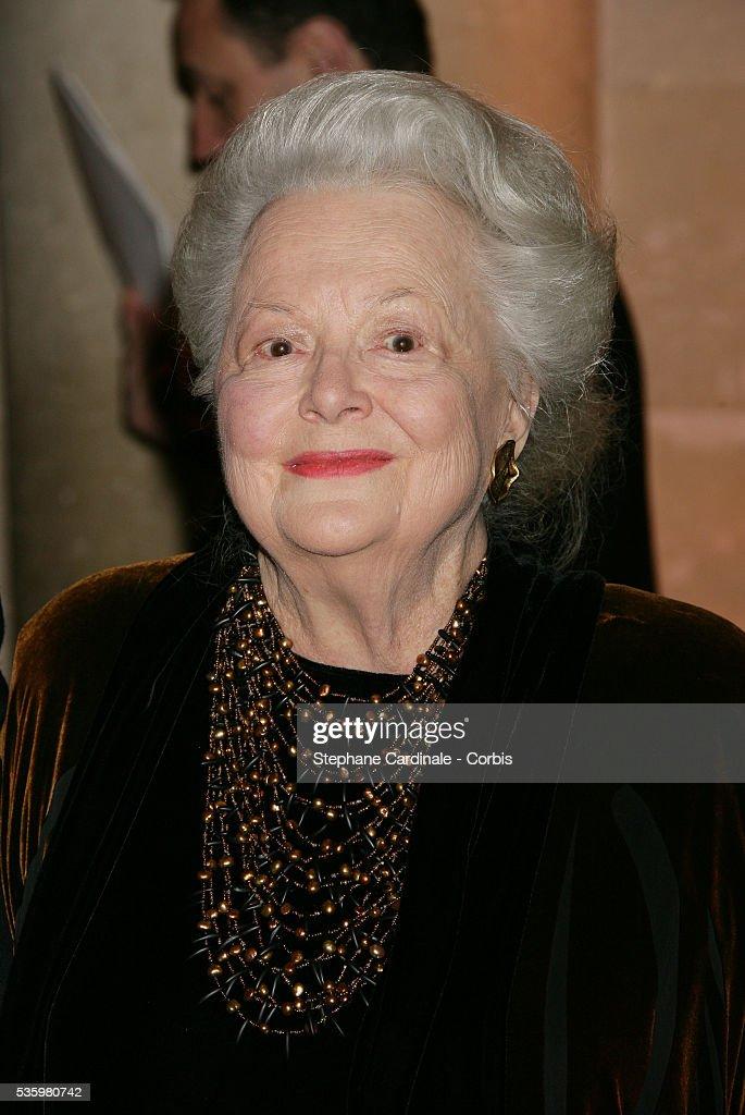 Olivia de Haviland attends the gala for the 'Fondation de l'Enfance' held in Versailles castle.