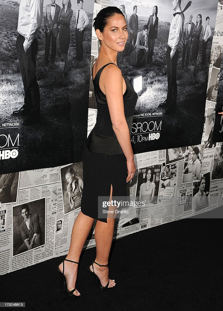 Olivia Munn arrives at the Los Angeles Season 2 Premiere Of HBO's Series 'The Newsroom' at Paramount Studios on July 10, 2013 in Hollywood, California.