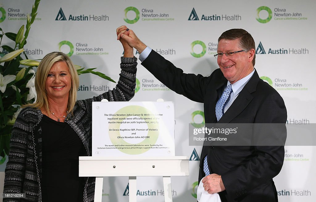 Olivia Newton-John and Victorian Premier Denis Napthine officially open the <a gi-track='captionPersonalityLinkClicked' href=/galleries/search?phrase=Olivia+Newton+John&family=editorial&specificpeople=206842 ng-click='$event.stopPropagation()'>Olivia Newton John</a> Cancer & Wellness Centre at Austin Hospital on September 20, 2013 in Melbourne, Australia.