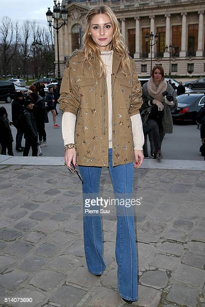 Olivia Palermo arrives at the Akris show as part of the Paris Fashion Week Womenswear Fall/Winter 2016/2017 on March 6 2016 in Paris France