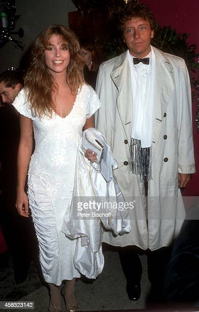 Olivia Pascal mit Freund Achim Lenz Mathäser Filmball 1988 am in München Deutschland