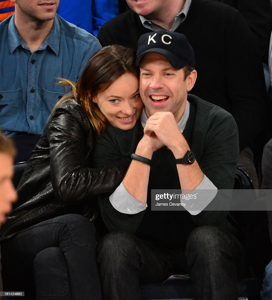 <a gi-track='captionPersonalityLinkClicked' href=/galleries/search?phrase=Olivia+Wilde&family=editorial&specificpeople=235399 ng-click='$event.stopPropagation()'>Olivia Wilde</a> and <a gi-track='captionPersonalityLinkClicked' href=/galleries/search?phrase=Jason+Sudeikis&family=editorial&specificpeople=4232997 ng-click='$event.stopPropagation()'>Jason Sudeikis</a> attend the Los Angeles Clippers vs New York Knicks game at Madison Square Garden on February 10, 2013 in New York City.