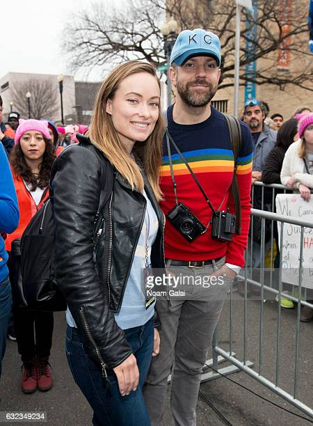 Olivia Wilde and Jason Sudeikis attend the Women's March on Washington on January 21 2017 in Washington DC