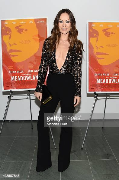 Olivia Wilde attends the New York screening of 'Meadowland' directed by Reed Morano with Olivia Wilde hosted by Martin Scorsese on November 23 2015...