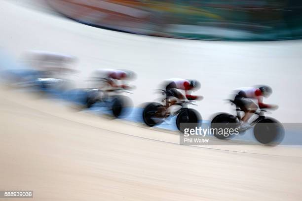 Olivier Beer Silvan Dillier Thery Schir and Cyrille Thiery of Team Switzerland competes in the Men's Team Pursuit First Round on Day 7 of the Rio...