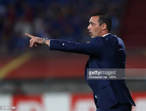 Olivier Echouafni head coach of France during the UEFA Women's Euro 2017 Group C match between France and Iceland at Koning Willem II Stadium on July...