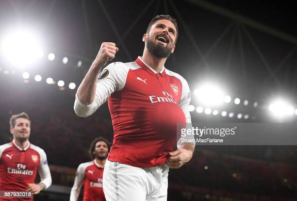Olivier Giroud celebrates scoring the 5th Arsenal goal during the UEFA Europa League group H match between Arsenal FC and BATE Borisov at Emirates...