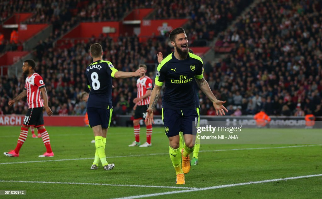Olivier Giroud of Arsenal celebrates after he scores a goal to make it 0-2 during the Premier League match between Southampton and Arsenal at St Mary's Stadium on May 10, 2017 in Southampton, England.