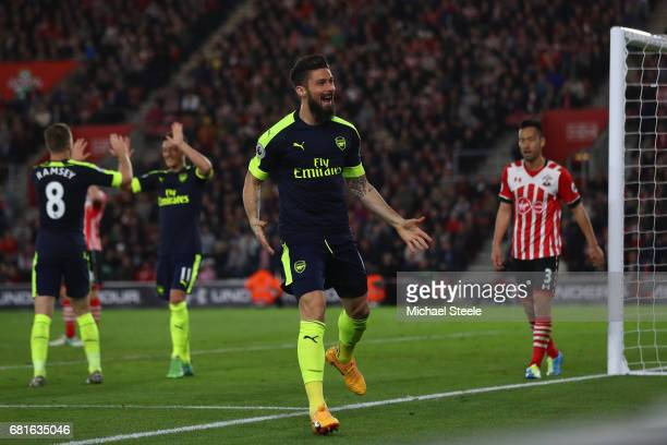 Olivier Giroud of Arsenal celebrates scoring his team's second goal during the Premier League match between Southampton and Arsenal at St Mary's...