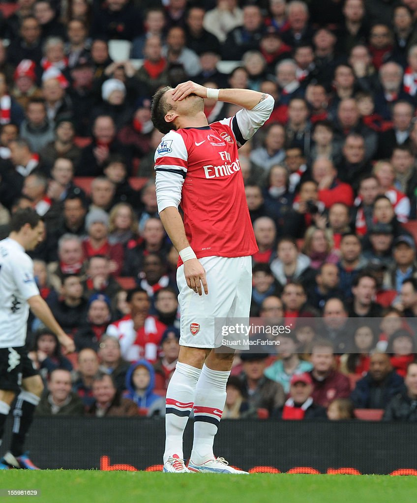 <a gi-track='captionPersonalityLinkClicked' href=/galleries/search?phrase=Olivier+Giroud&family=editorial&specificpeople=5678034 ng-click='$event.stopPropagation()'>Olivier Giroud</a> of Arsenal during the Barclays Premier League match between Arsenal and Fulham, at Emirates Stadium on November 10, 2012 in London, England.