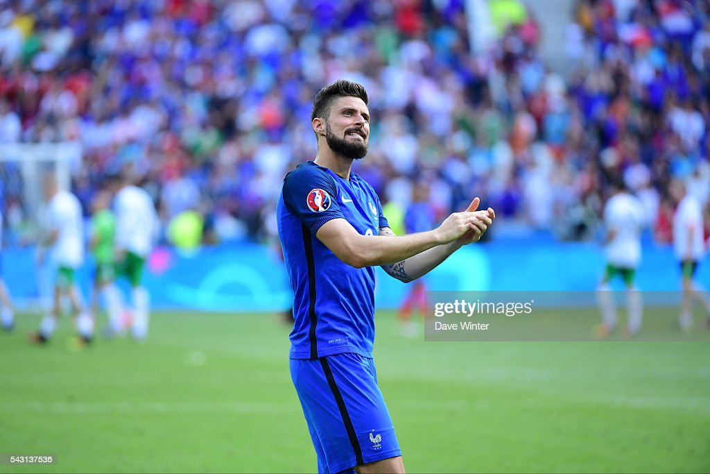 Olivier Giroud of France celebrates as his team win the European Championship match Round of 16 between France and Republic of Ireland at Stade des Lumieres on June 26, 2016 in Lyon, France.