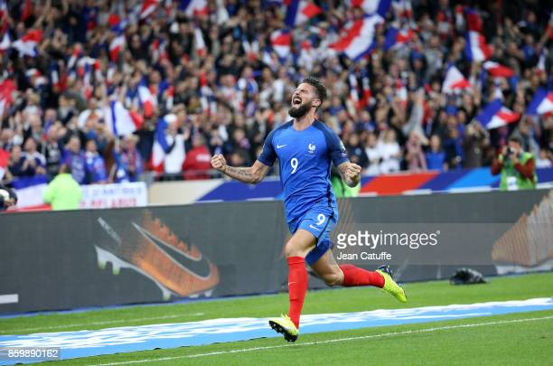 Olivier Giroud of France celebrates his goal during the FIFA 2018 World Cup Qualifier between France and Belarus at Stade de France on October 10...