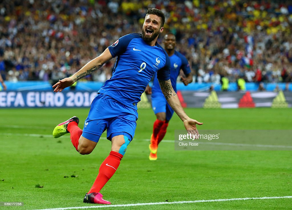 <a gi-track='captionPersonalityLinkClicked' href=/galleries/search?phrase=Olivier+Giroud&family=editorial&specificpeople=5678034 ng-click='$event.stopPropagation()'>Olivier Giroud</a> of France celebrates scoring his team's first goal during the UEFA Euro 2016 Group A match between France and Romania at Stade de France on June 10, 2016 in Paris, France.