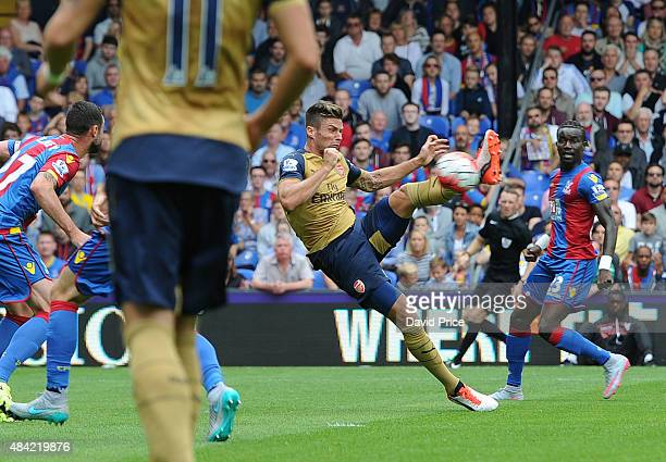 Olivier Giroud scores Arsenal's 1st goal during the Barclays Premier League match between Crystal Palace and Arsenal on August 16 2015 in London...
