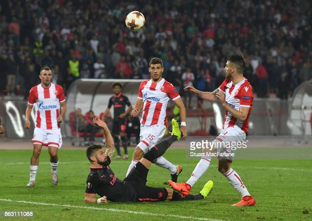 Olivier Giroud scores for Arsenal during the UEFA Europa League group H match between Crvena Zvezda and Arsenal FC at Rajko Mitic Stadium on October...