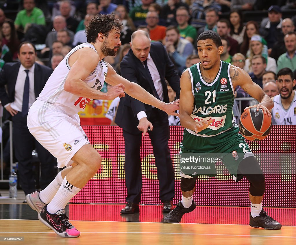 Olivier Hanlan, #21 of Zalgiris Kaunas competes with Sergio Llull, #23 of Real Madrid during the 2015-2016 Turkish Airlines Euroleague Basketball Top 16 Round 10 game between Zalgiris Kaunas v Real Madrid at Zalgirio Arena on March 11, 2016 in Kaunas, Lithuania.