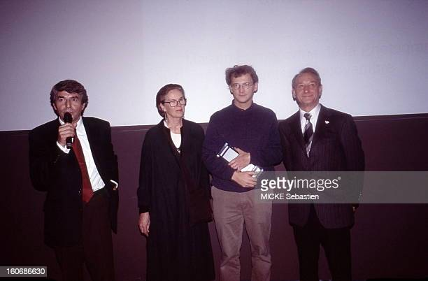 Olivier JOBARD of Sipa receives the Grand Prix Paris Match for photojournalism in 2004 in the presence of Alain Genestar Director General of the...