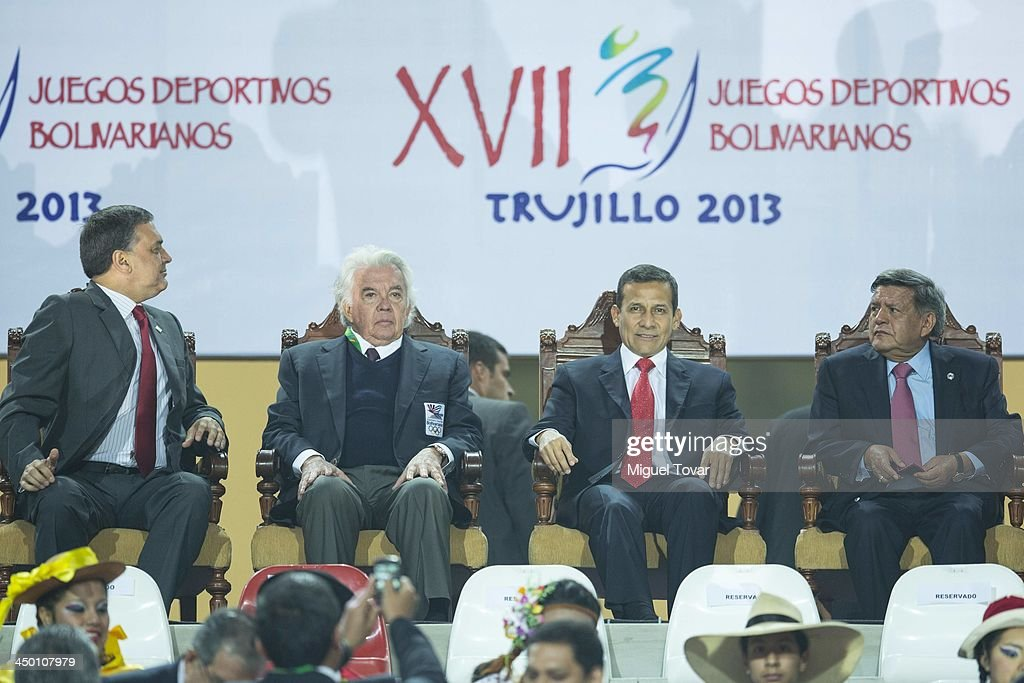 <a gi-track='captionPersonalityLinkClicked' href=/galleries/search?phrase=Ollanta+Humala&family=editorial&specificpeople=588227 ng-click='$event.stopPropagation()'>Ollanta Humala</a> president of Peru attends during the inauguration day of the XVII Bolivarian Games, Trujillo 2013 at Chan Chan Stadium on November 16, 2013 in Trujillo, Peru.