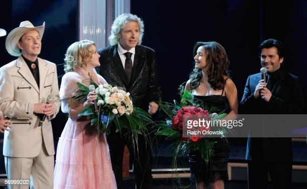 Olli Dittrich of German band Texas Lightning Miss Jane of Texas Lightning TV host Thomas Gottschalk singer Vicky Leandros and singer Thomas Anders...