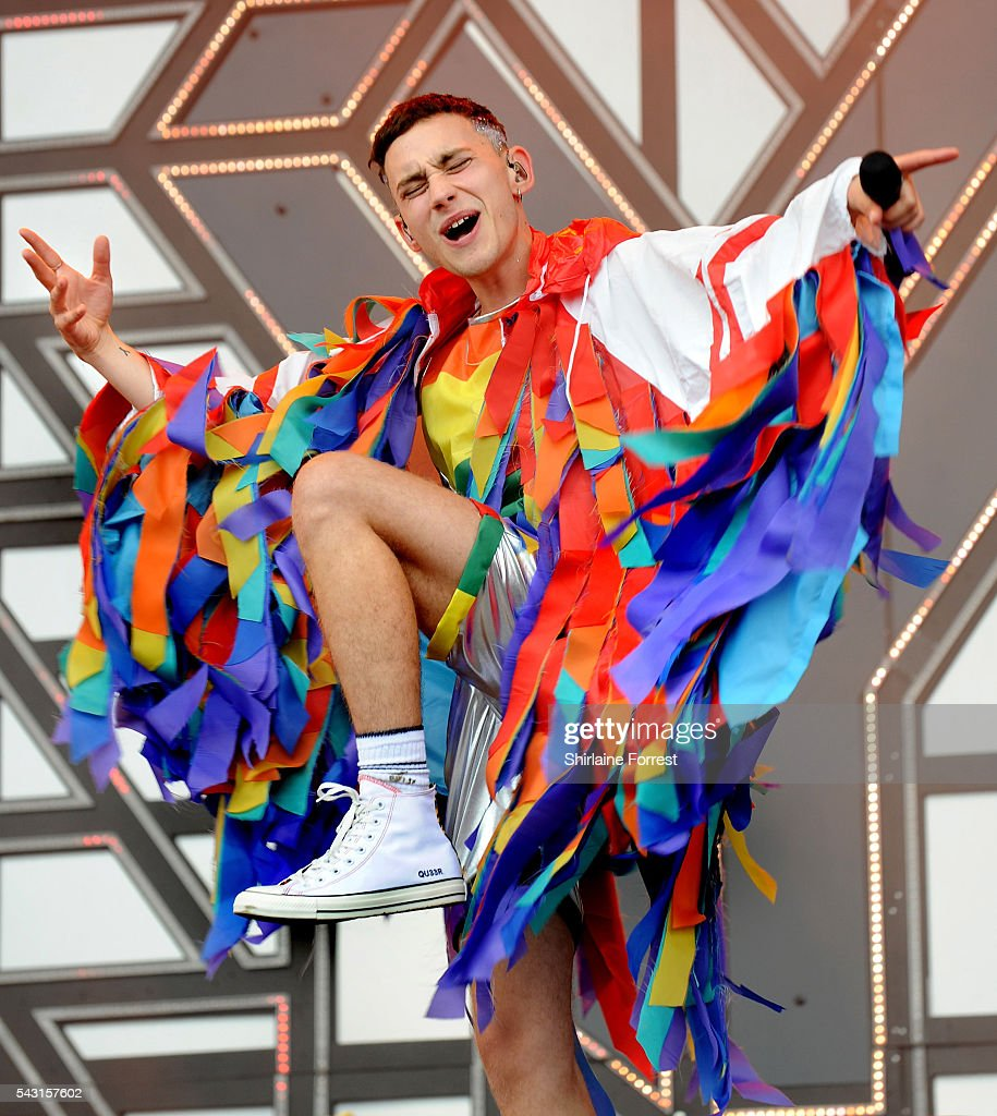 <a gi-track='captionPersonalityLinkClicked' href=/galleries/search?phrase=Olly+Alexander&family=editorial&specificpeople=5861723 ng-click='$event.stopPropagation()'>Olly Alexander</a> of Years and Years wears Converse while performing on The Other Stage at Glastonbury Festival 2016 at Worthy Farm, Pilton on June 25, 2016 in Glastonbury, England.