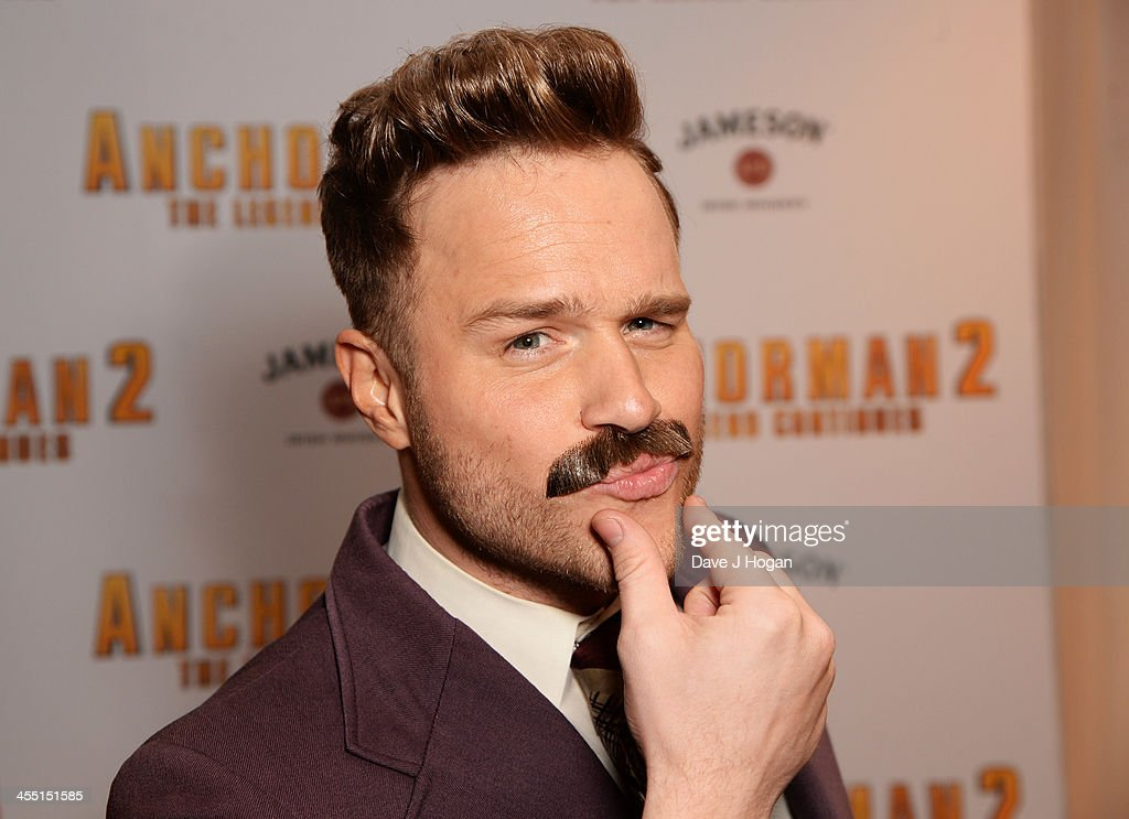 <a gi-track='captionPersonalityLinkClicked' href=/galleries/search?phrase=Olly+Murs&family=editorial&specificpeople=6350751 ng-click='$event.stopPropagation()'>Olly Murs</a> attends the UK premiere of 'Anchorman 2: The Legend Continues' at The Vue West End on December 11, 2013 in London, England.