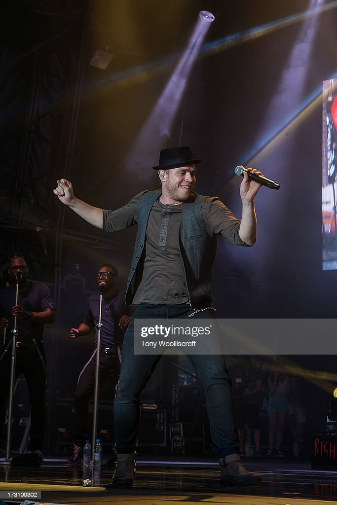Olly Murs performs at Alton Towers Live at Alton Towers on July 6, 2013 in Alton, England.