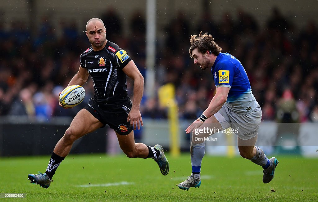 Olly Woodburn of Exeter Chiefs takes on Ben Ransom of Saracens during the Aviva Premiership match between Exeter Chiefs and Saracens at Sandy Park on February 7, 2016 in Exeter, England.