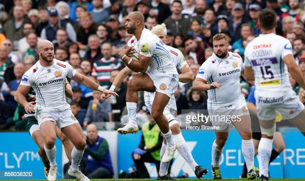 Olly Woodburn of Exeter Chiefsduring the Aviva Premiership match between Leicester Tigers and Exeter Chiefs at Welford Road on September 30 2017 in...