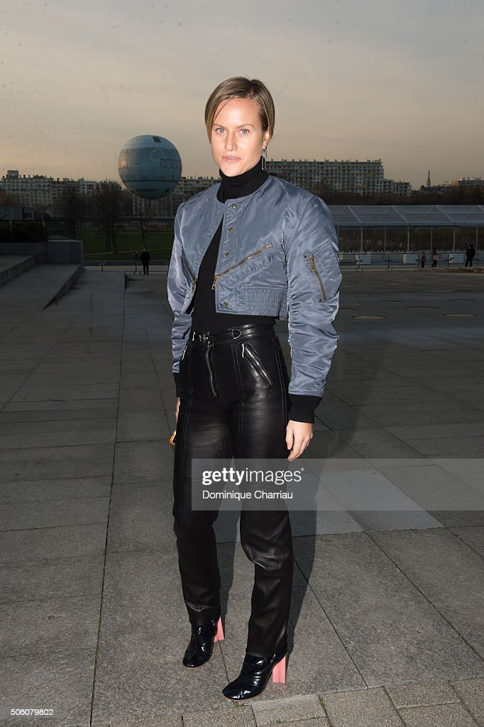 Louis Vuitton : Outside Arrivals - Paris Fashion Week - Menswear F/W 2016-2017